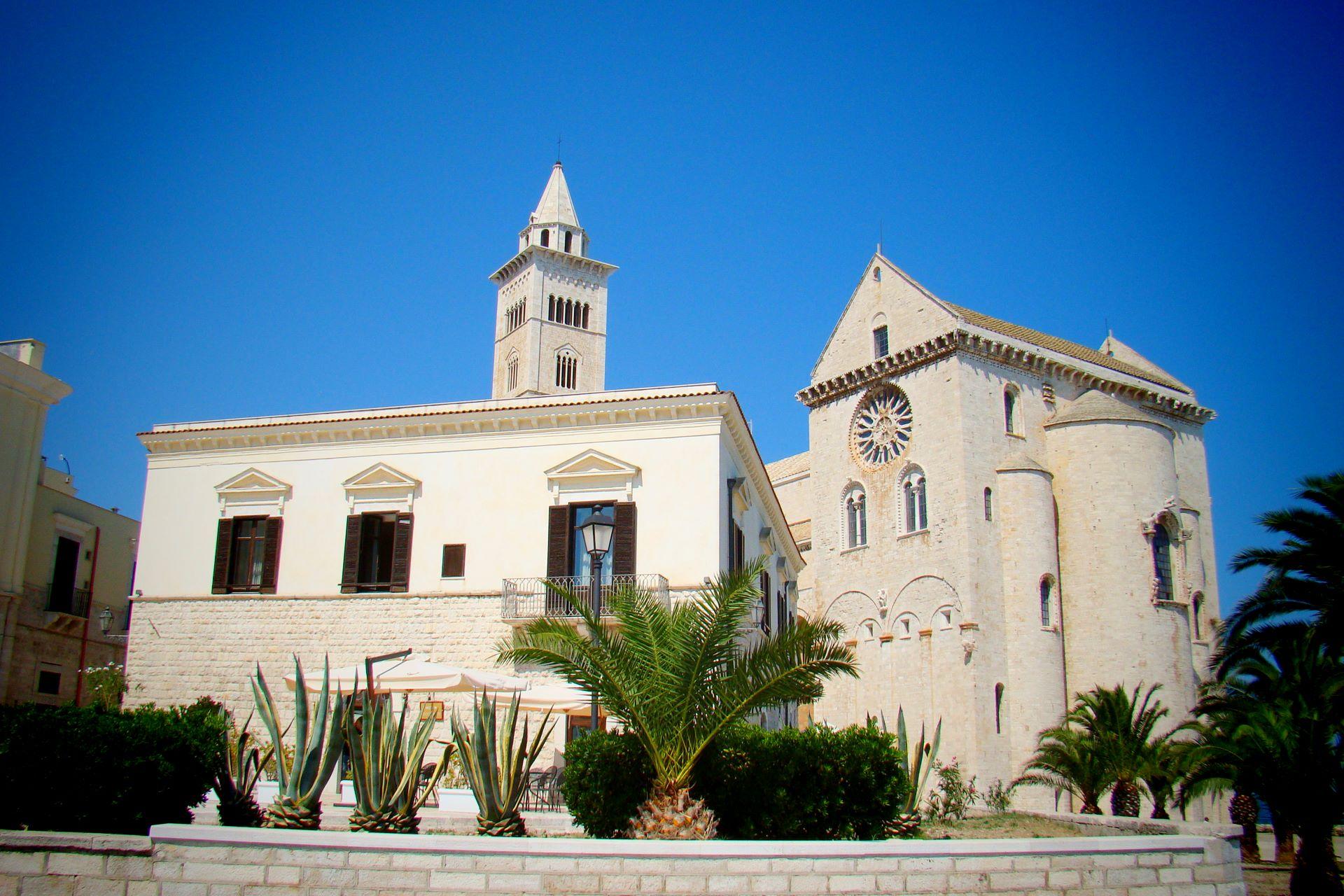 apulia-slow-travel-trani-romanico-romanico pugliese-san nicola il pellegrino-BAT-puglia-apulia-apulien-romanik-romanesque-cattedrale-cathedral