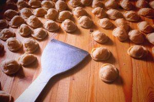 apulia slow travel cooking class orecchiette apulia apulien puglia cucina pugliese apulian cuisine kochkurs apulische kueche pasta nudeln