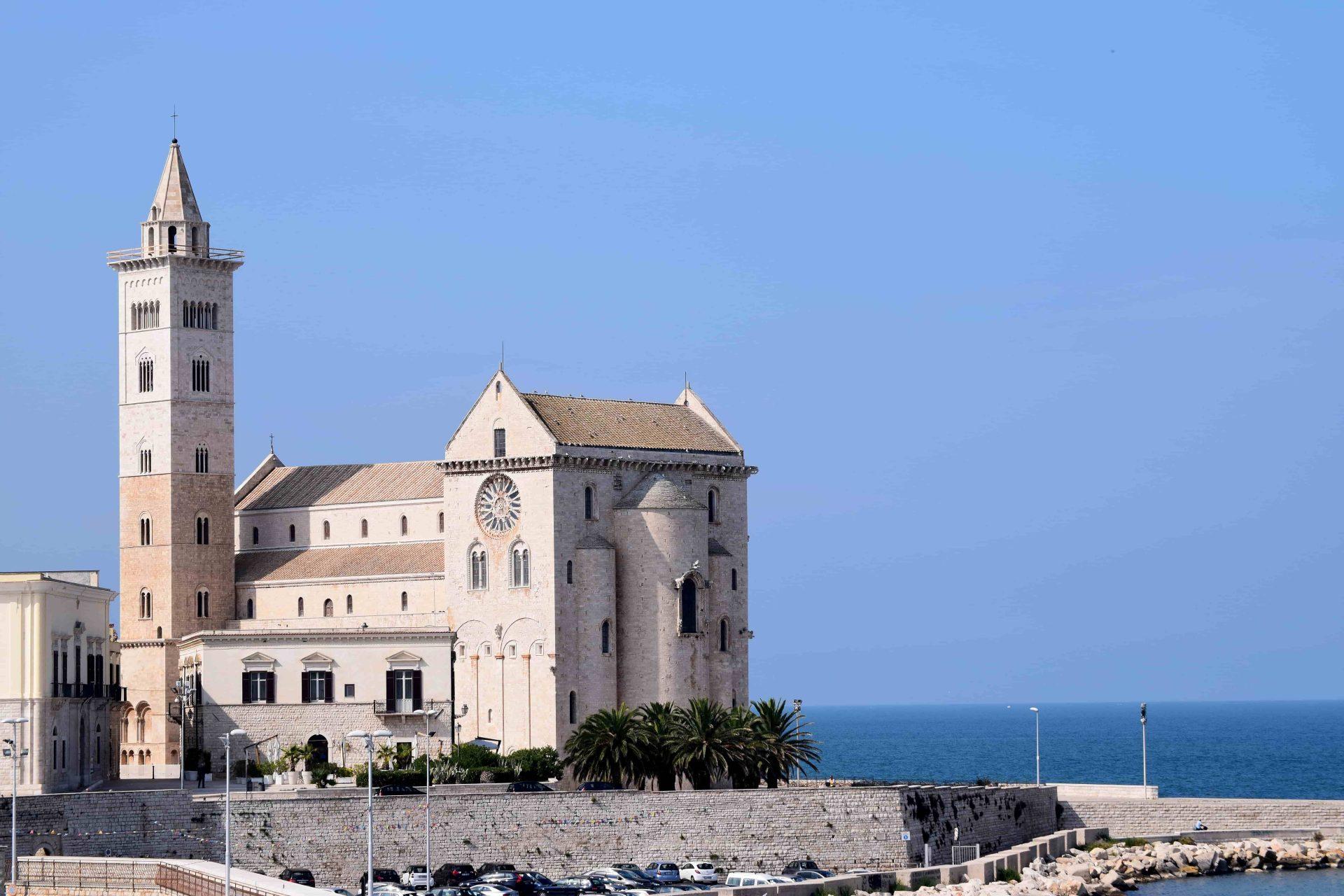 apulia slow travel trani romanico romanico pugliese san nicola il pellegrino BAT puglia apulia apulien romanik romanesque cattedrale cathedral